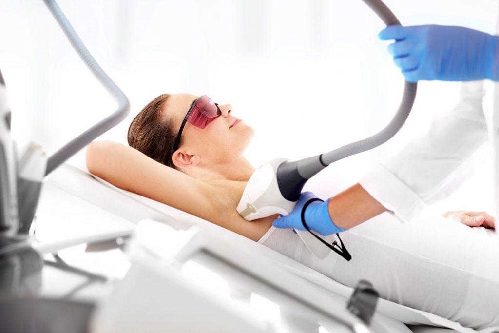 Dauerhafte Haarentfernung mit dem Laser in Nürnberg - Wallenstein Klinik